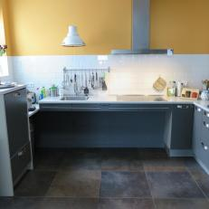 ajustable kitchen