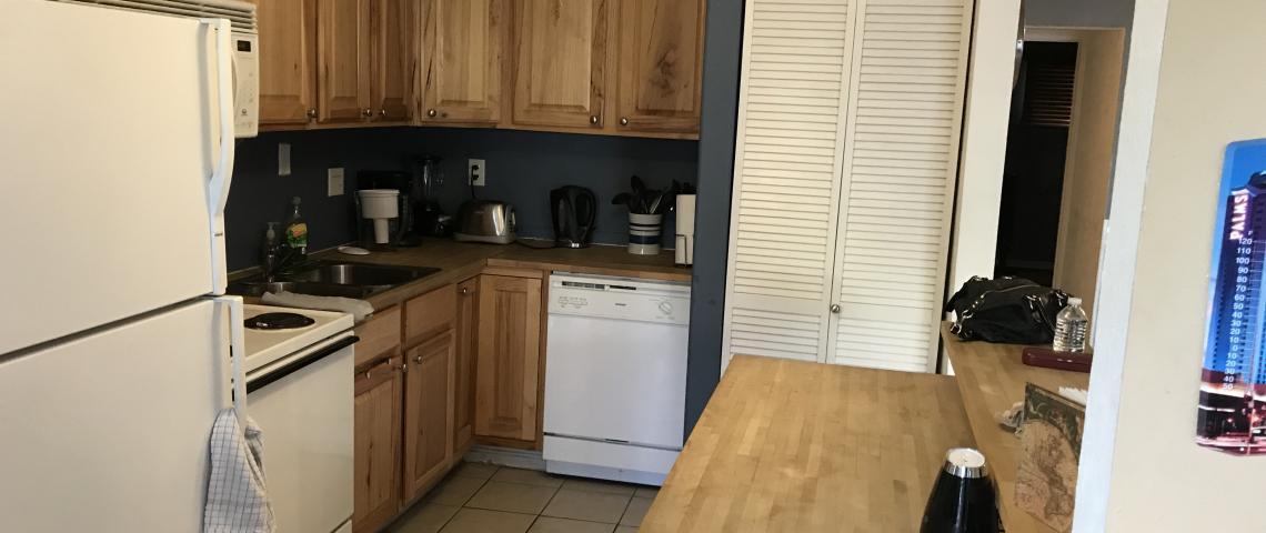 Easy kitchen to roll through